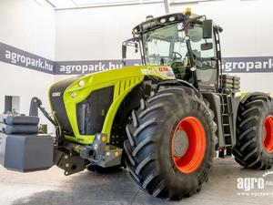 Claas Xerion 4000 TRAC Tradition (341 моточасове), €202 900